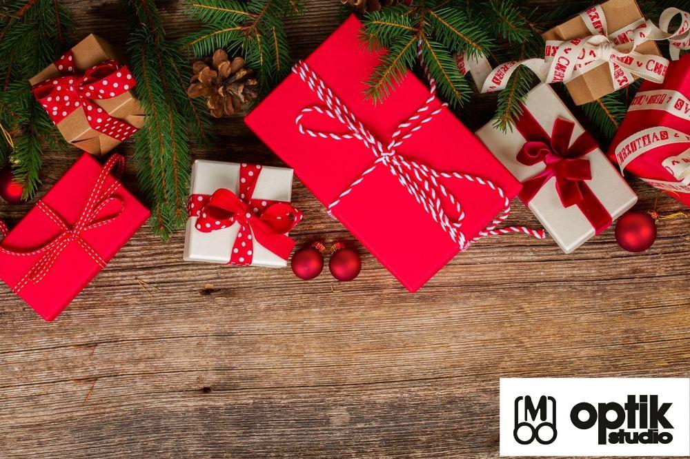 Příjemné prožití svátků vánočních, do nového roku 2021 především pevné zdraví.